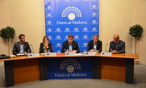 García, De la Vega, Bennàssar, Orfila y Estelrich durante el debate de ayer en el Club.