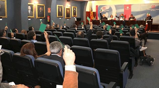 Asamblea-votacion-EDIT-650