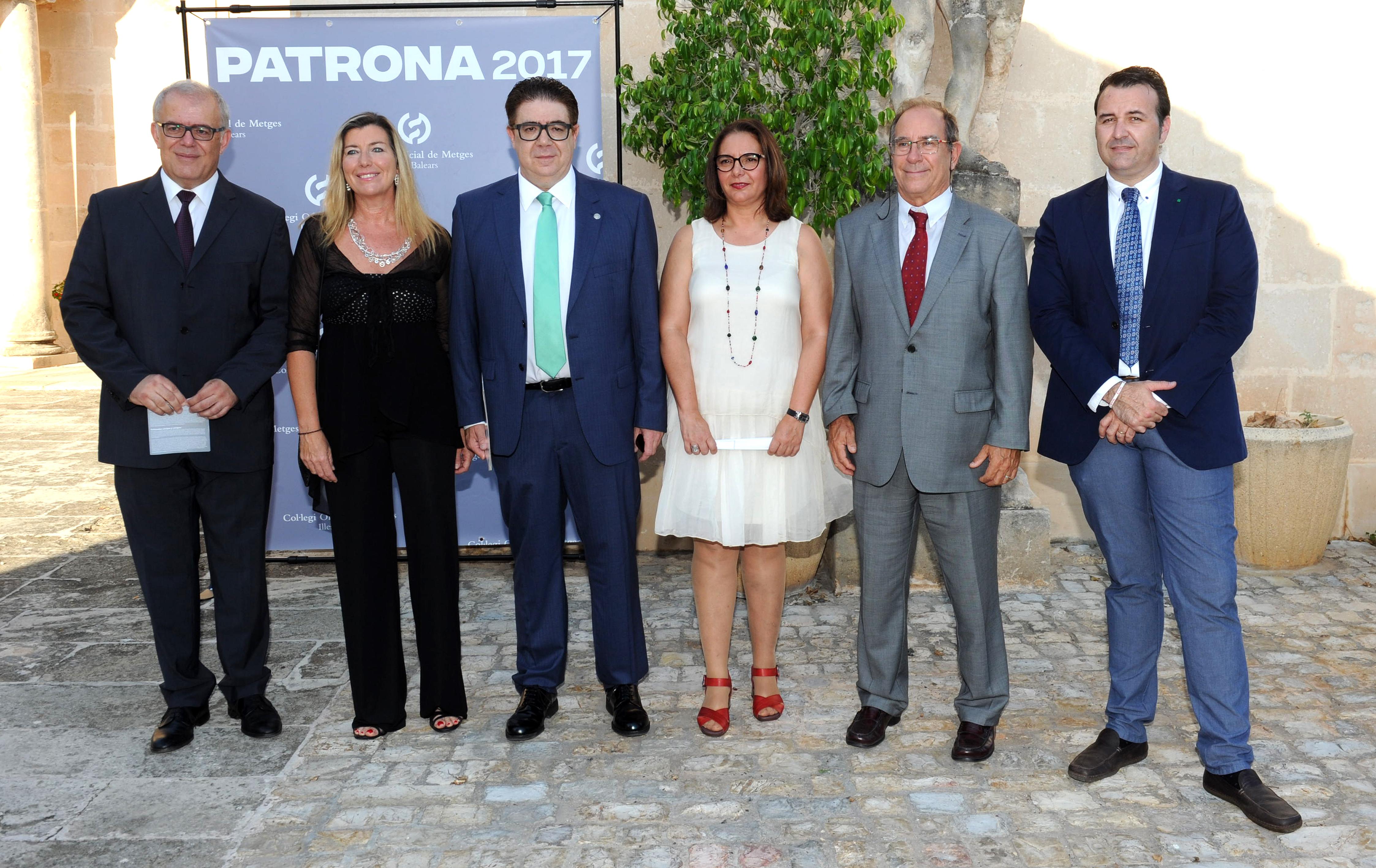 Dr. Esterlich, Patricia Gómez, Dr. Bennasar, Dra. García Romero, Dr. Juli Fuster y Xisco Dalmau