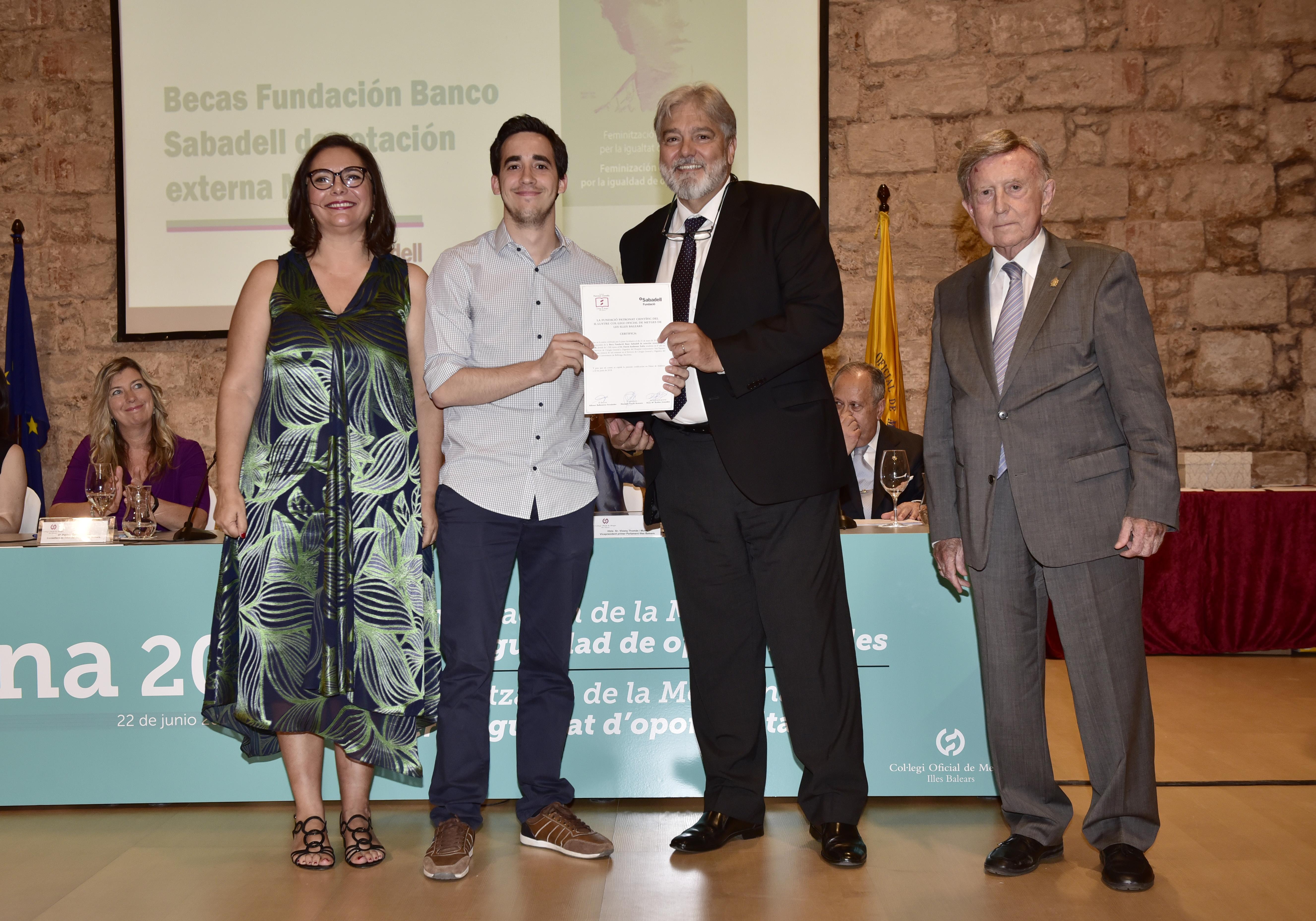 Beca Fundacio Banc Sabadell David Ambrona
