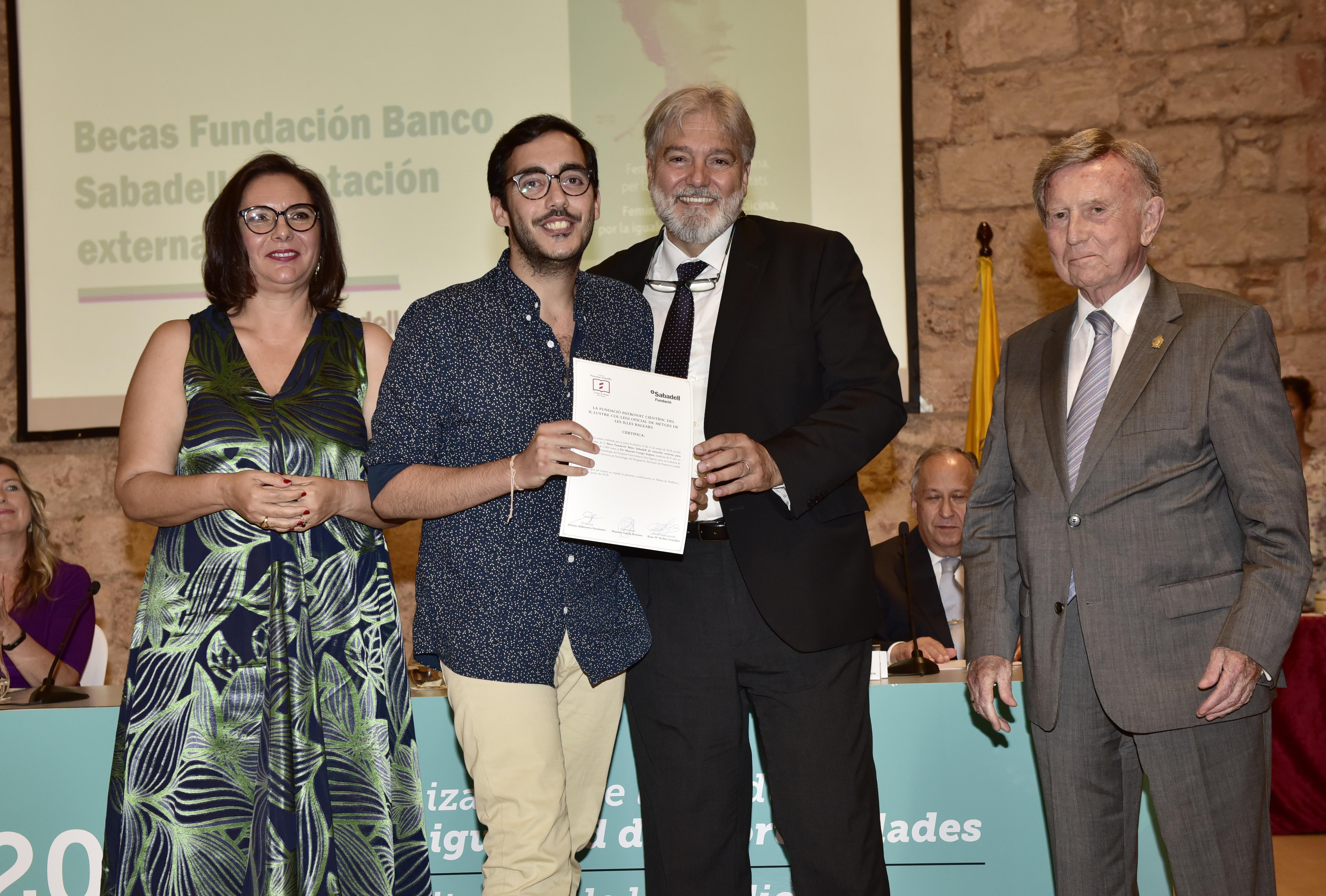 Beca Sabadell Marcial Corujo