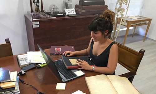 La UIB cataloga y digitaliza el archivo histórico del Comib