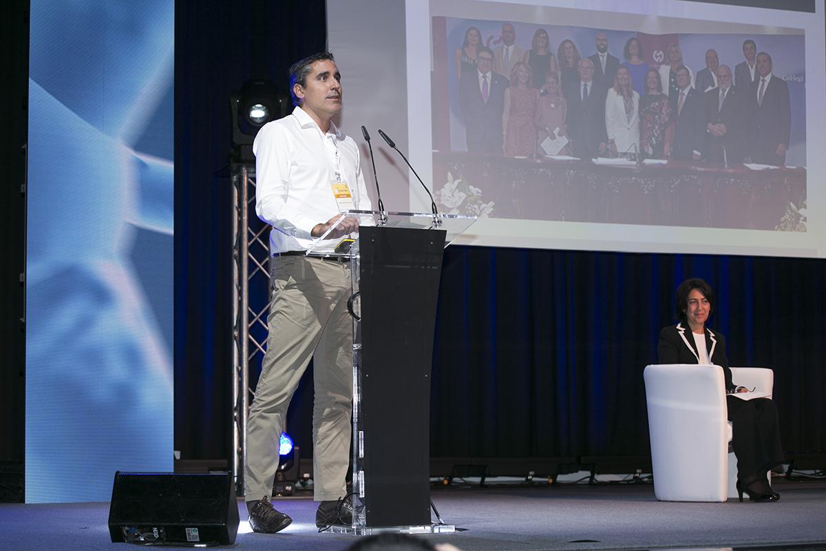 El Dr. Recasens durante su intervención en la VI Convención de la Profesión Médica