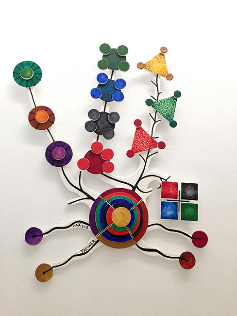 """""""L'arbre de començaments de la medicina"""", creado por el artista Jaume Falconer."""