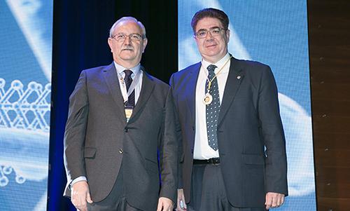 El Dr. Antoni Bennasar recibe la Medalla de colegiado de Honor Nacional con emblema de plata de la OMC