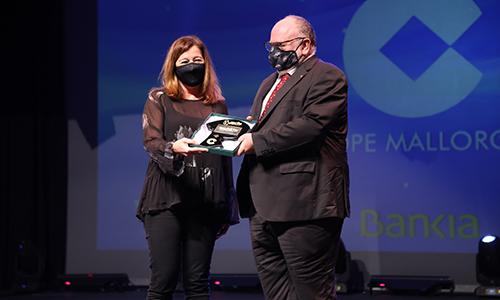 Francina Armengol entrega premio a JMV